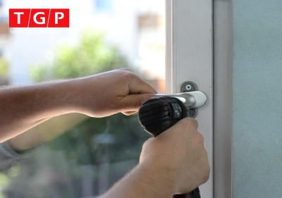 Replacing uPVC Window Handles and Locks